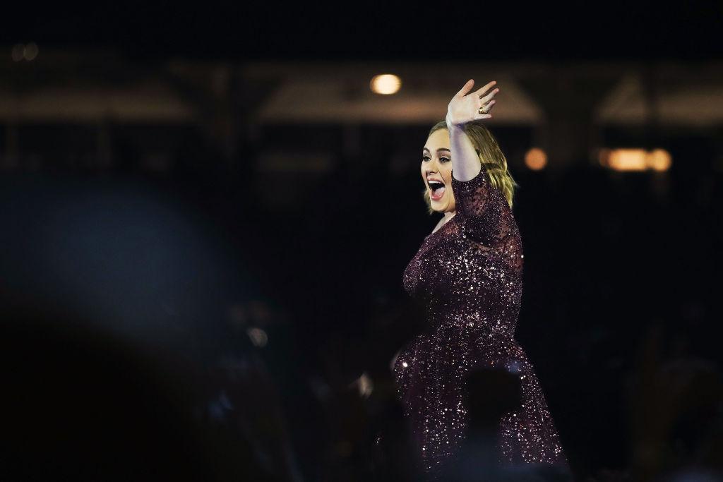 Адель шокировала поклонников новостью о завершении гастрольной деятельности