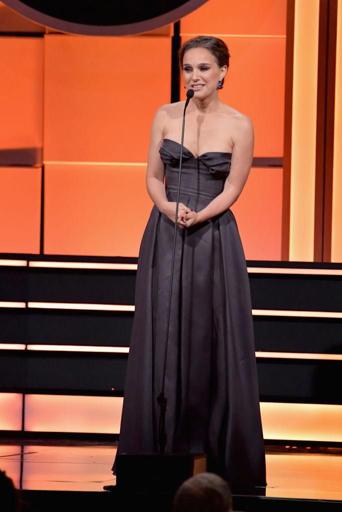 Красавчик Джейк Джилленхол, нестареющий Том Хэнкс и прелестная Натали Портман: звезды блистают на American Cinematheque Award-2017