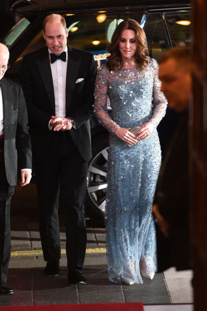 Кейт Миддлтон вышла в свет в сияющем платье Jenny Packham