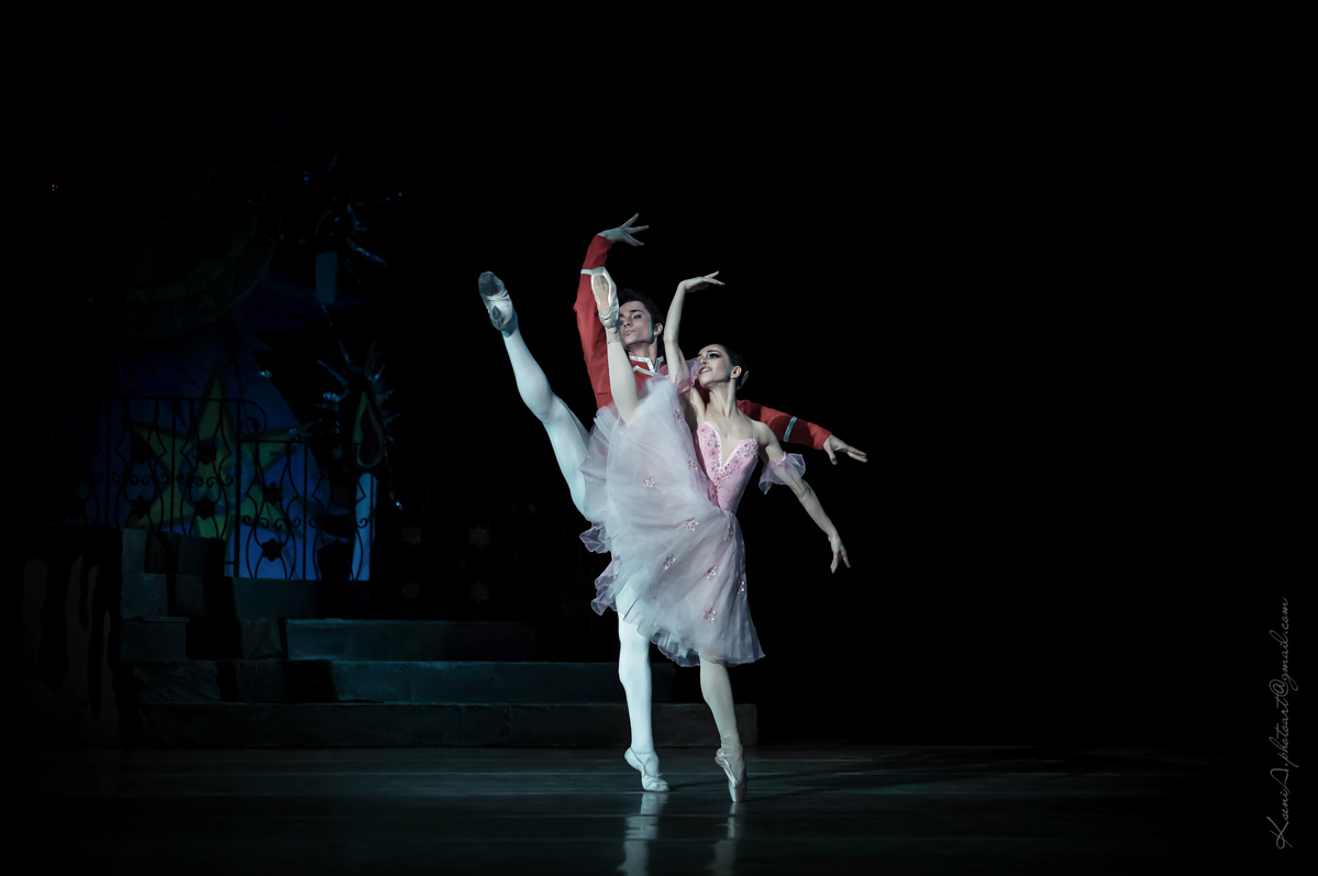 Екатерина Кухар и Александр Стоянов выступят с благотворительным спектаклем
