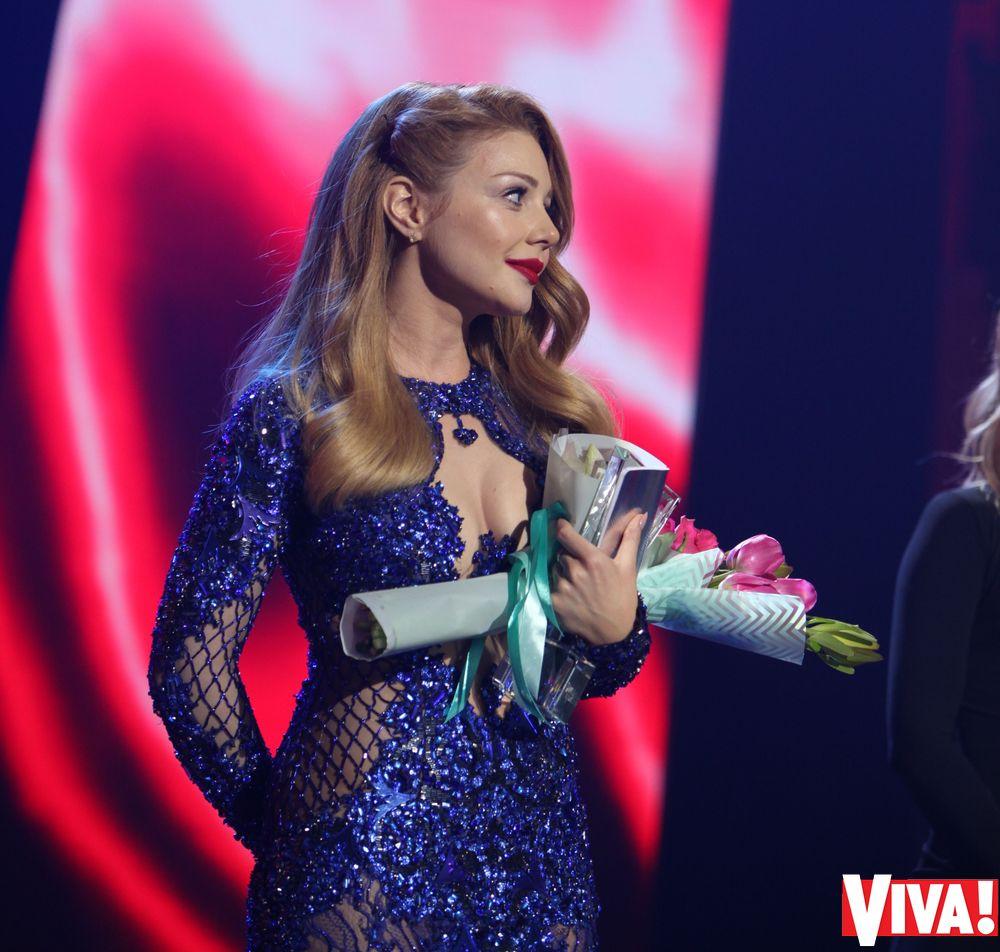 """Какой была Тина Кароль на всех красных дорожках премии """"Viva! Самые красивые"""""""