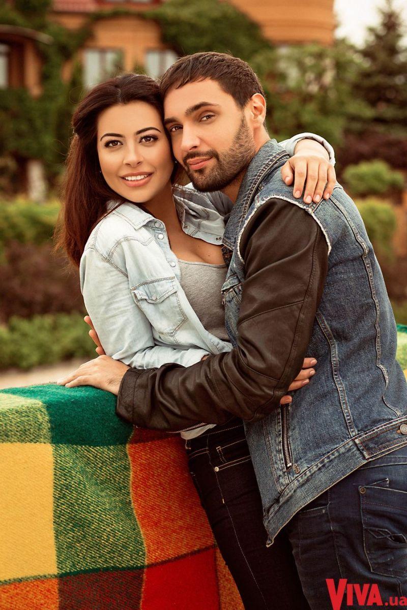 Виталий Козловский и его девушка Рамина Эсхакзай
