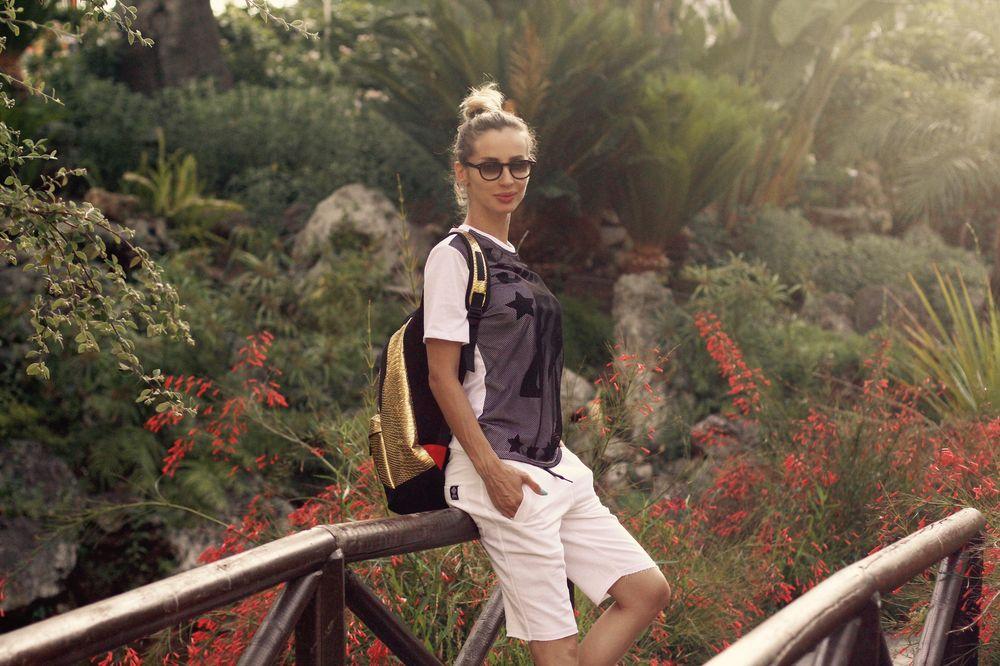 Светлана Лобода на отдыхе в Испании