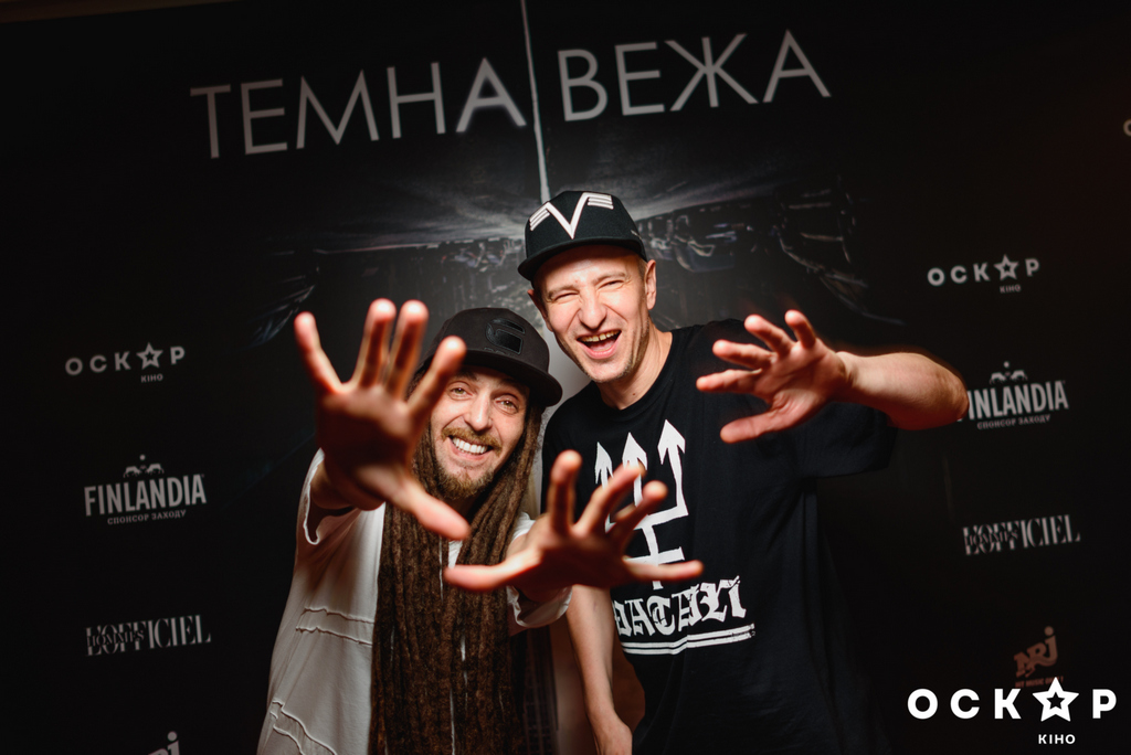 """Звезды на громкой украинской премьере фильма """"Темная башня"""""""