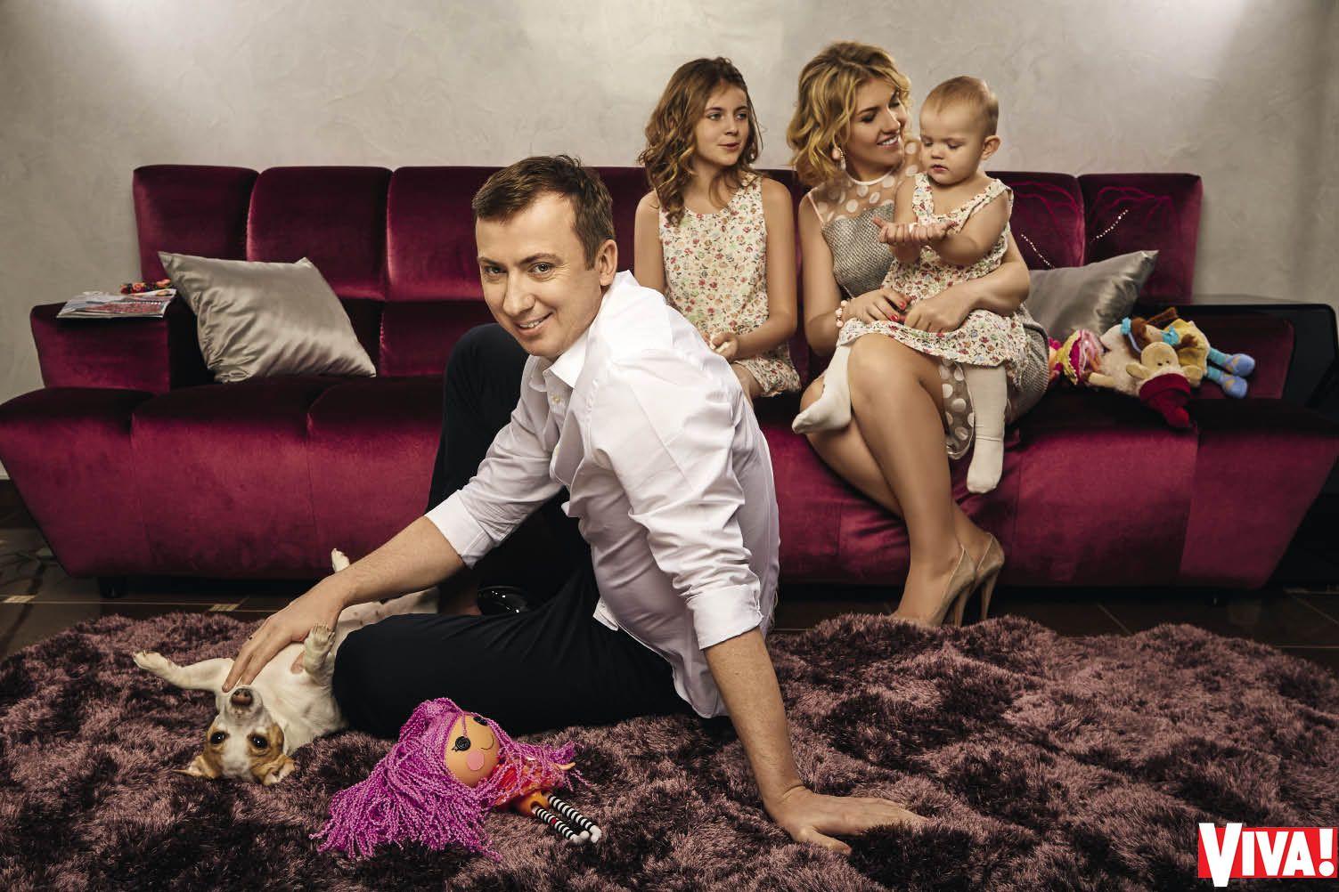 Валерий Жидков с женой и детьми