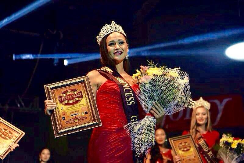 Красавица из Мариуполя стала Принцессой мира-2015