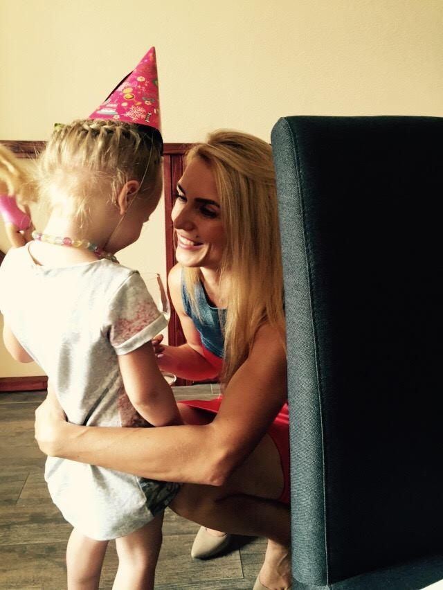 Тренеры шоу Зважені та щасливі 6 Вячеслав и Марина Узелковы показали свою 4-летнюю дочь