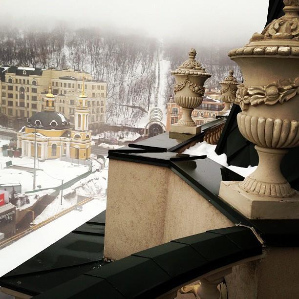 Пэрис Хилтон выложила фотографию Киева в своем Инстаграм