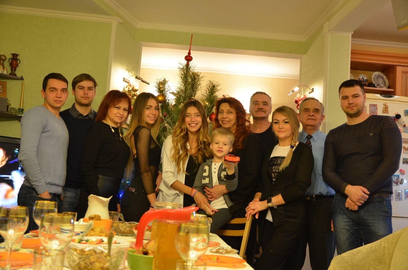 Регина Тодоренко впервые за 8 лет отпраздновала Рождество с семьей