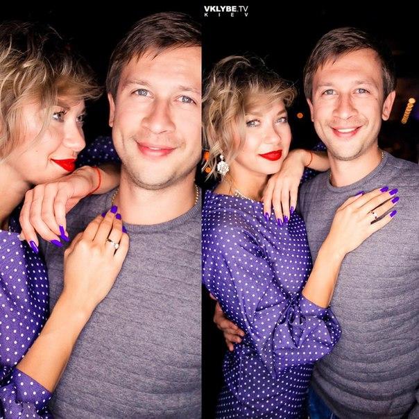 Дмитрий Ступка женился на телеведущей Полине Логуновой