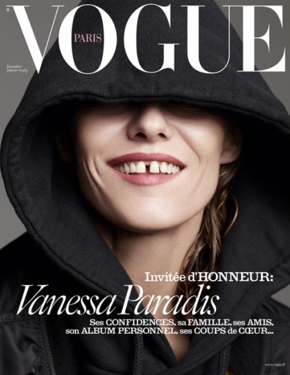 Голая и счастливая: Ванесса Паради блистает на обложках Vogue