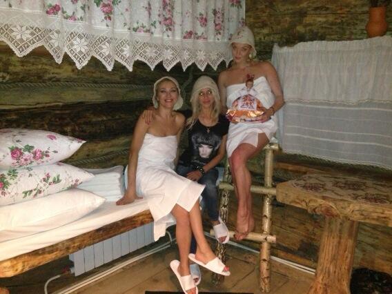 Анастасия Волочкова снова разделась в бане