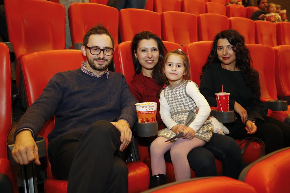 """Звезды и их дети посетили премьеру мультфильма """"Панда Кунг-Фу 3"""""""
