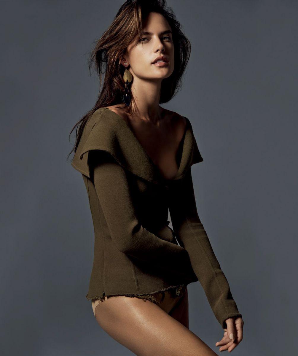 Алессандра Амбросио в новой стильной фотосессии