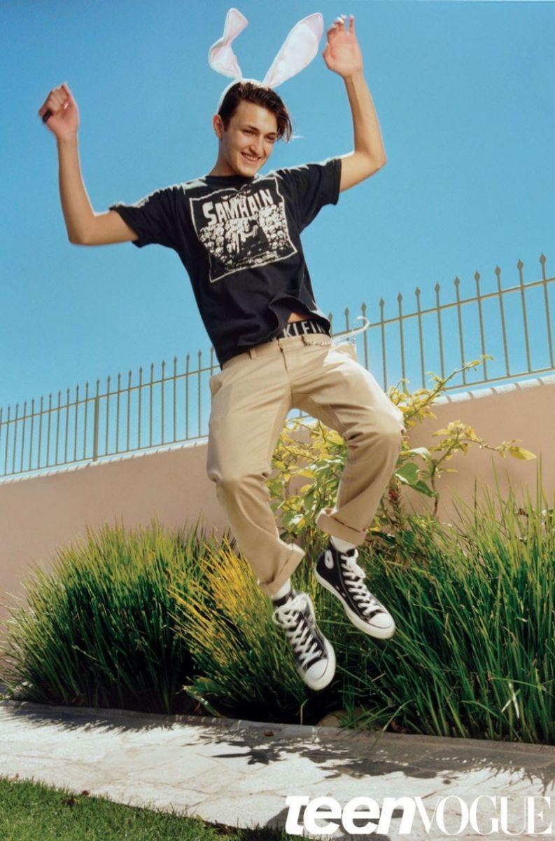 16-летний брат Джиджи Хадид впервые снялся для обложки модного глянца