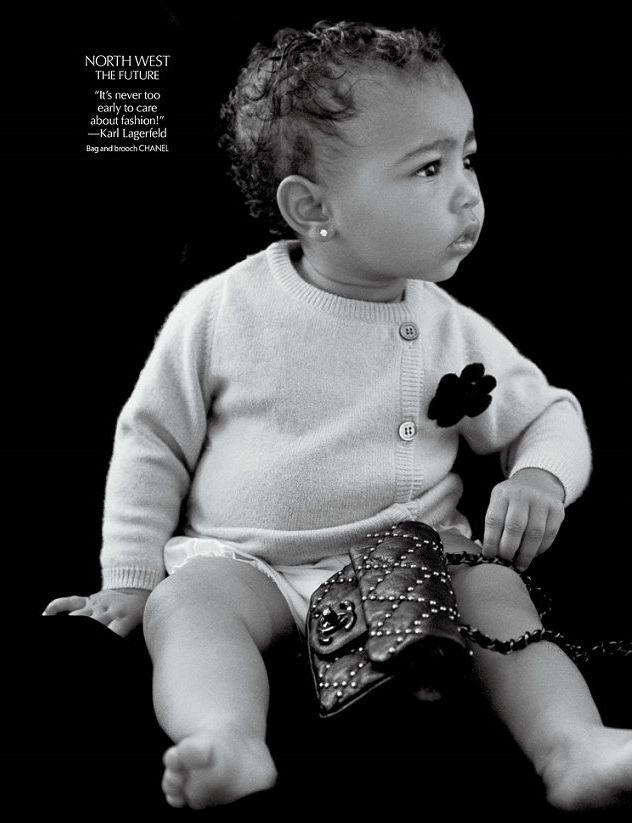 дочь Ким Кардашьян позирует в Chanel