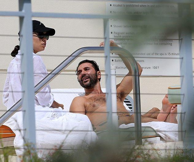 Ева Лонгория наслаждается пляжным отдыхом с бойфрендом