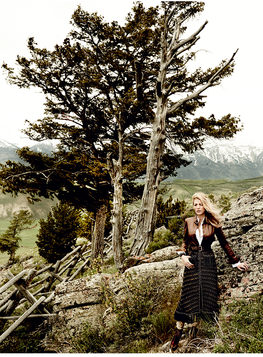 Блейк Лайвли сразила красотой в новой фотосессии