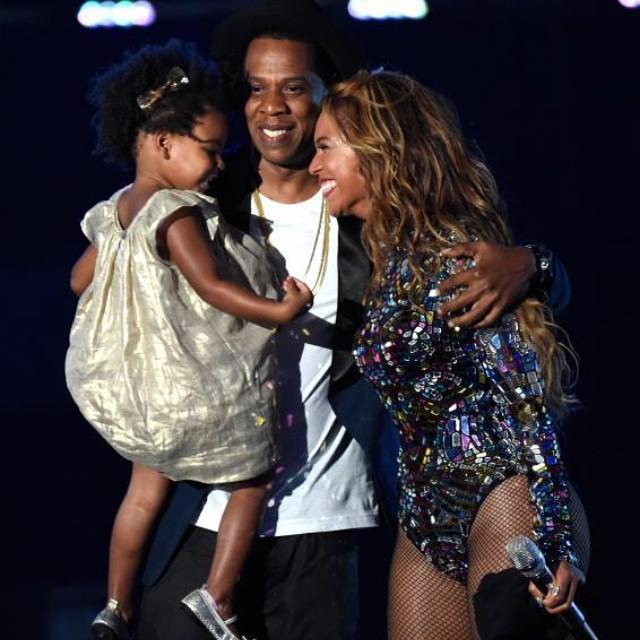 Бейонсе на церемонии MTV Video Music Awards 2014
