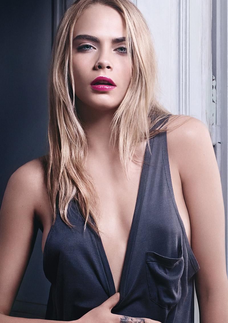 Соблазнительная Кара Делевинь в рекламной кампании Yves Saint Laurent