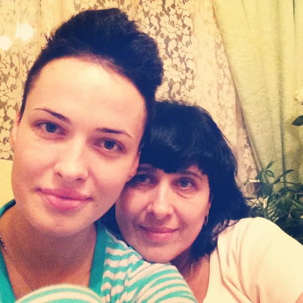 Даша Астафьева с мамой фото