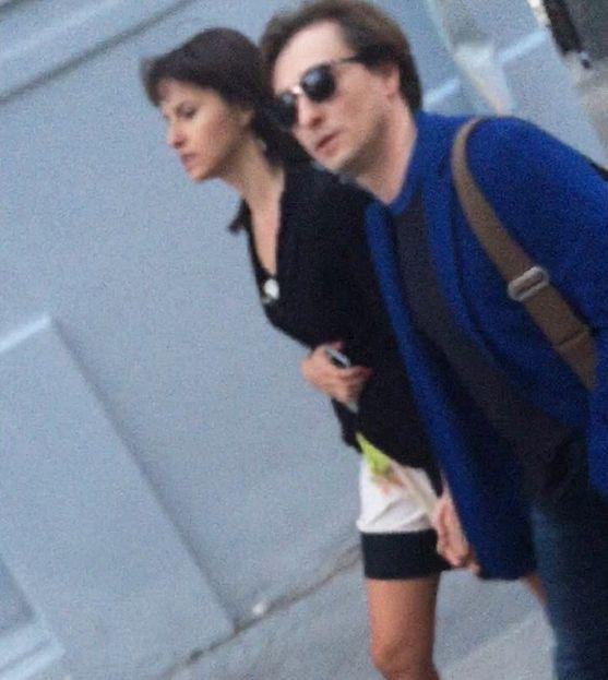 Сергея Безрукова сфотографировали с любовницей