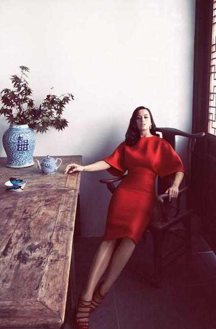 Кэти Перри в новой элегантной фотосессии