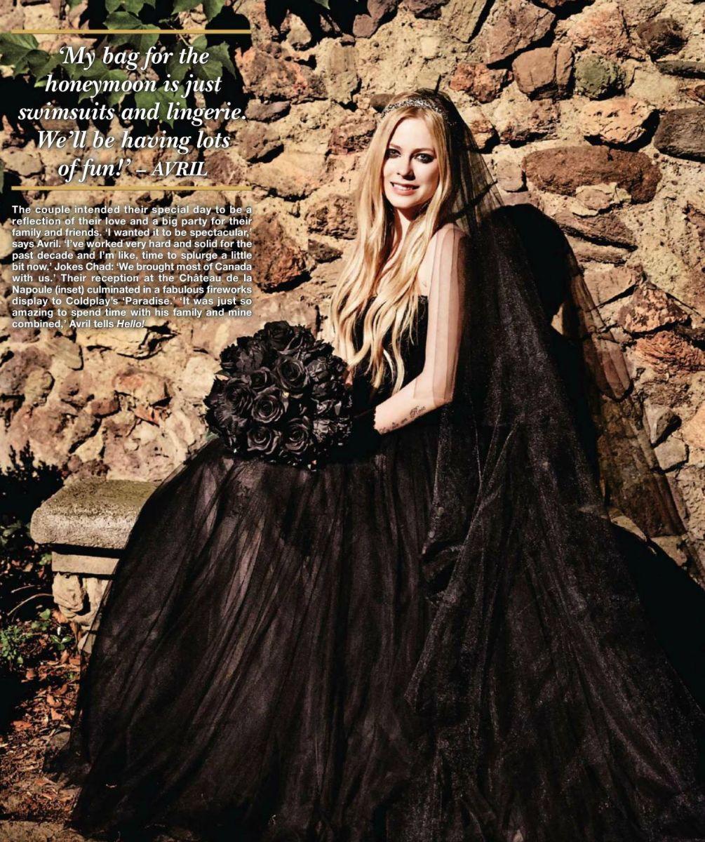 Фото в свадебном платье аврил лавин сколько лет гринт руперт