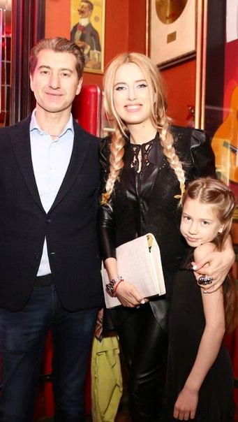 Ольга Горбачева и Юрий Никитин с дочерью