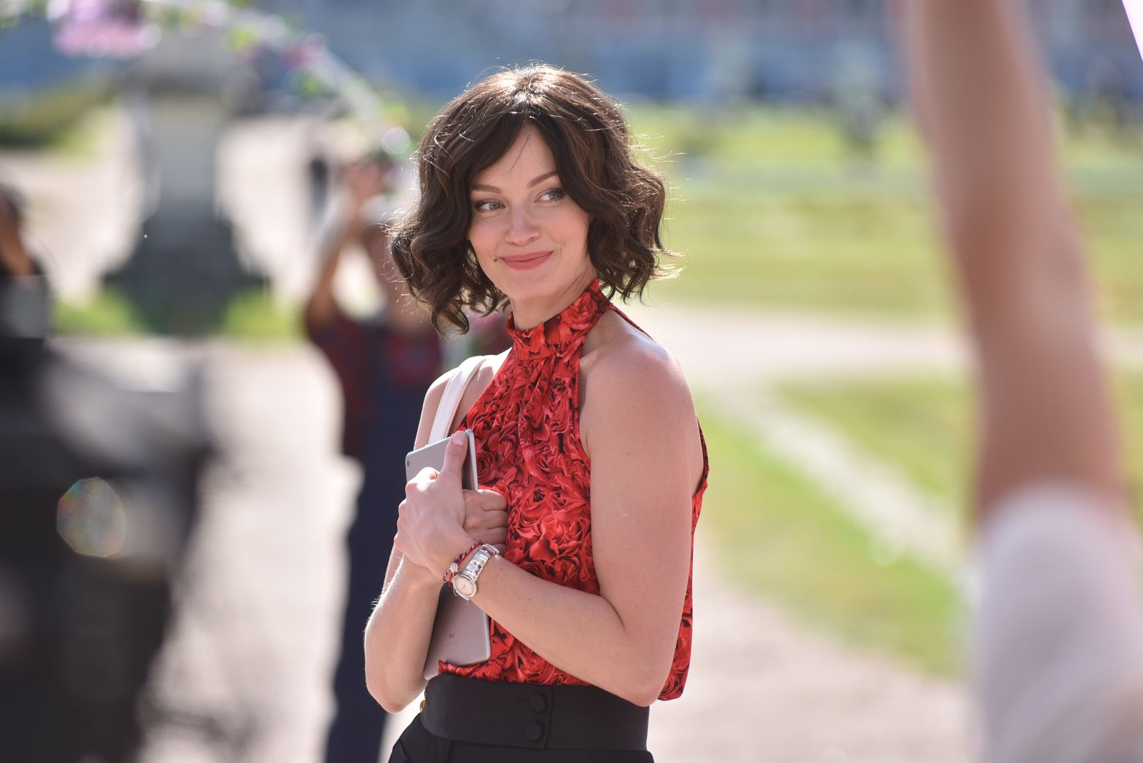Светлана Ходченкова стала брюнеткой