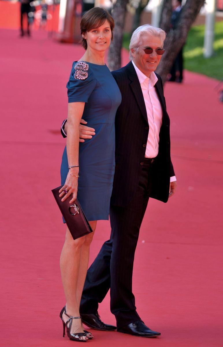 Ричард Гир развелся со своей красавицей-женой