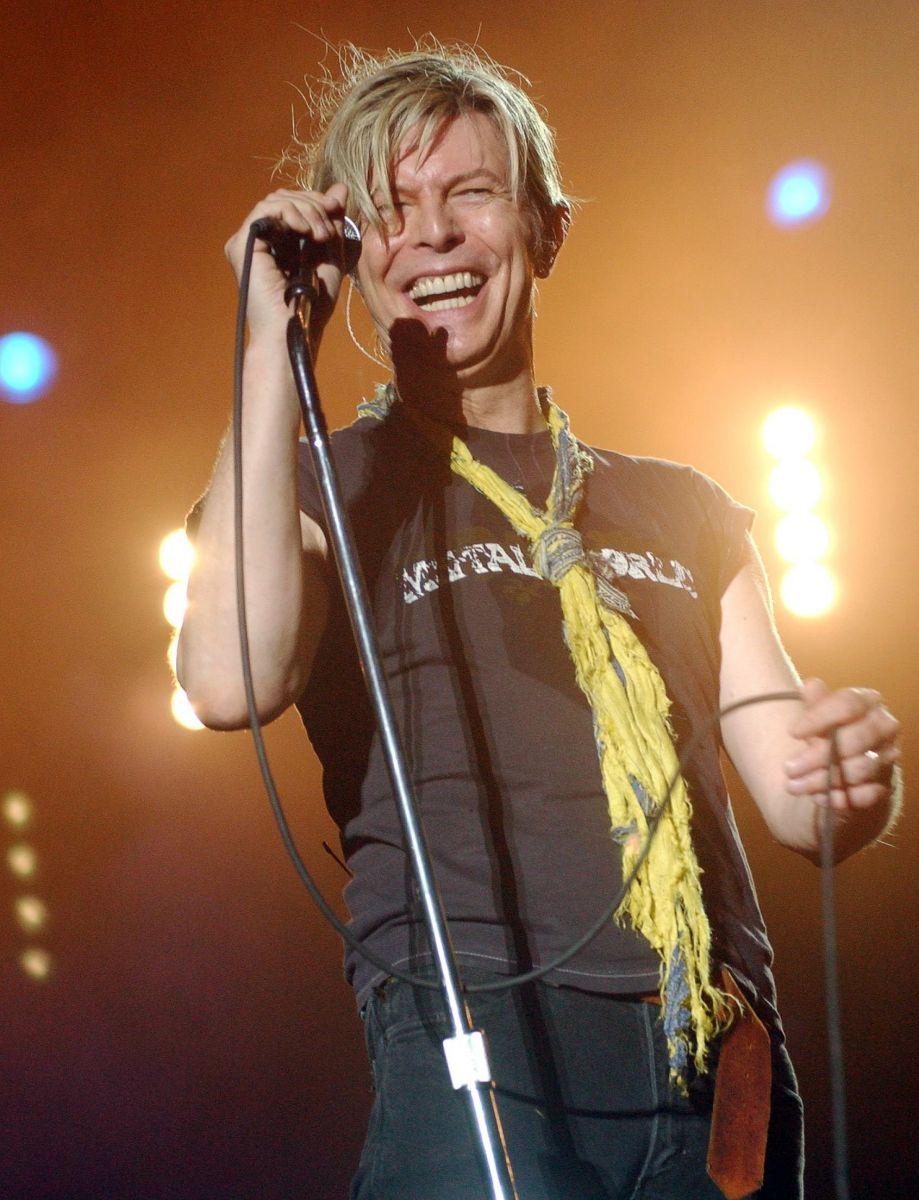 69-летний Дэвид Боуи умер от рака