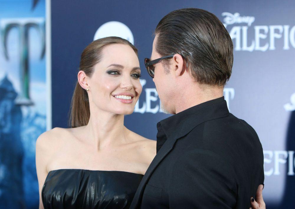 Анджелина Джоли сменила сменила имя