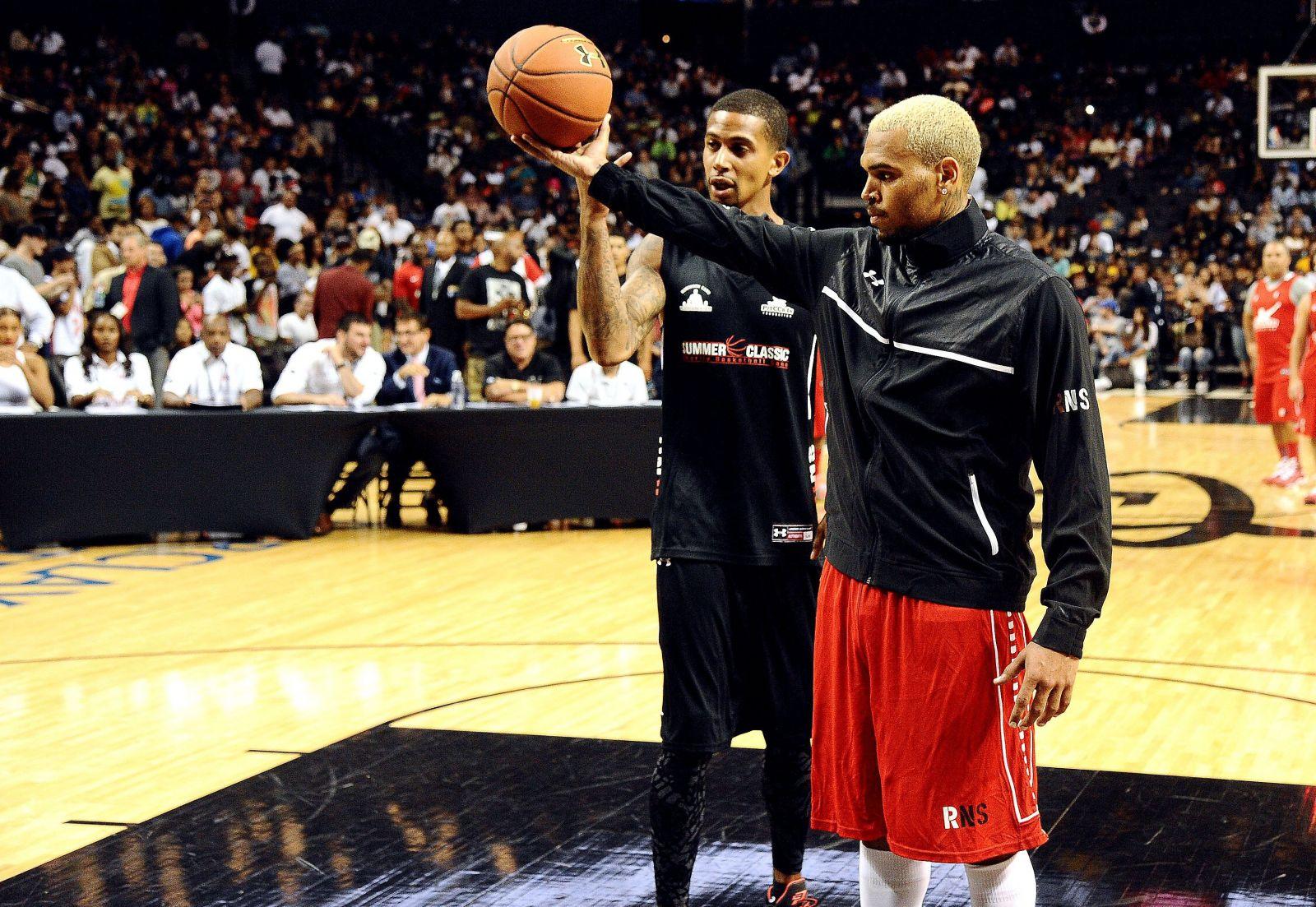 Рианна и Крис Браун встретились на баскетбольной игре