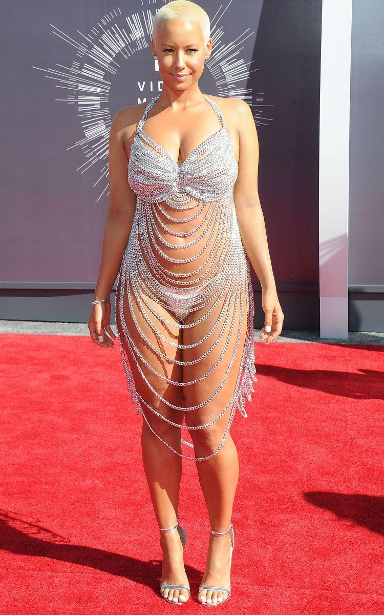 Роскошные наряды звезд на церемонии MTV Video Music Awards