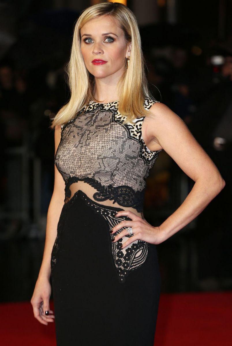 Риз Уизерспун блистает на премьере в роскошном платье