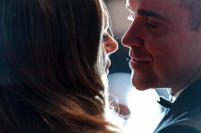 Канны-2015: Робби Уильямс не может оторваться от любимой супруги (Фото)