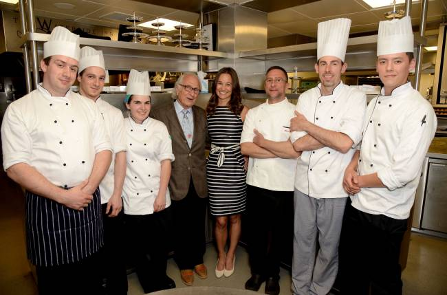 Пиппа Миддлтон блестает на ужине в Лондоне