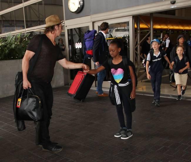 Брэда Питта обвиняют в жестоком обращении с детьми