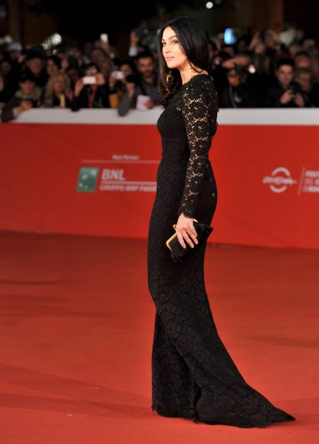 Благородная красота: Моника Белуччи блистает на кинофестивале в Риме