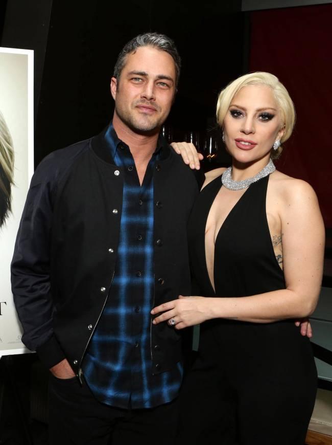 Леди Гага тайно вышла замуж за Тейлора Кинни – СМИ