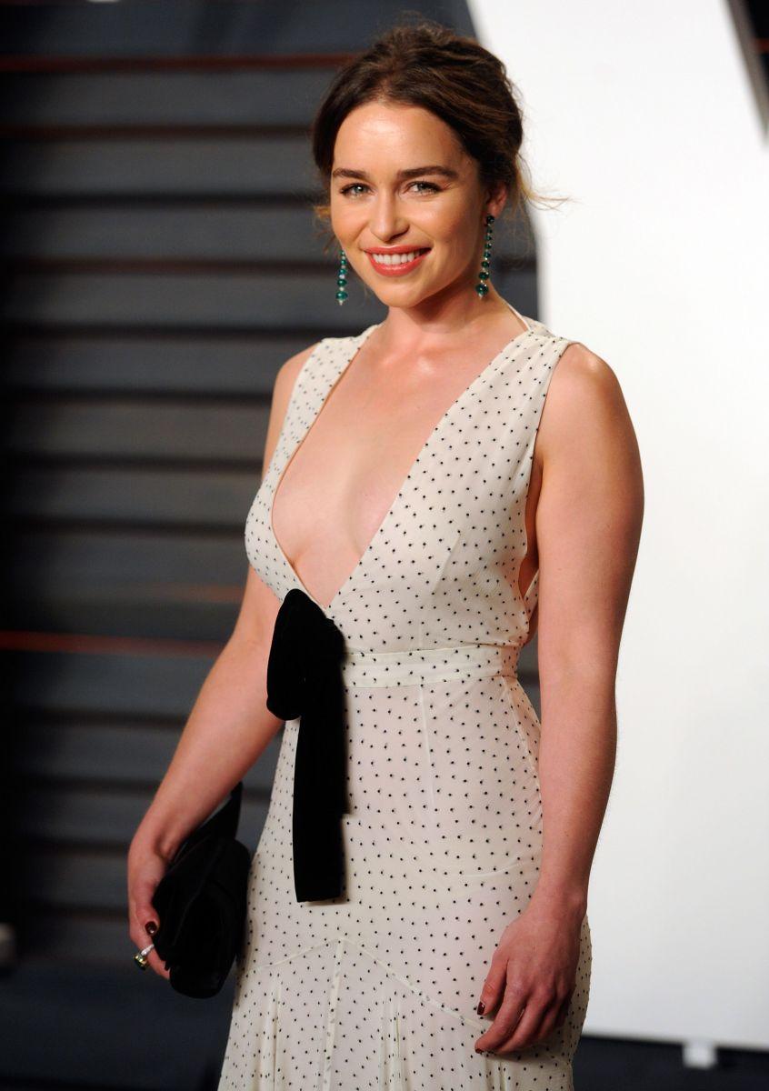 """Соблазн на красной дорожке: самые оголенные звезды на """"Оскаре"""""""