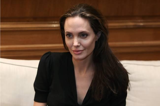 Анджелина Джоли обсудила вопросы беженцев с премьер-министром Греции