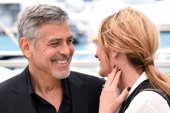 Счастливые друзья: Джулия Робертс и Джордж Клуни покоряют публику на фотоколле в Каннах
