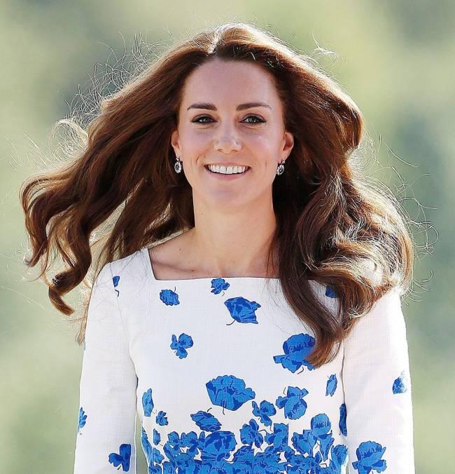 Само очарование: Кейт Миддлтон покорила публику стильным нарядом и лучезарной улыбкой