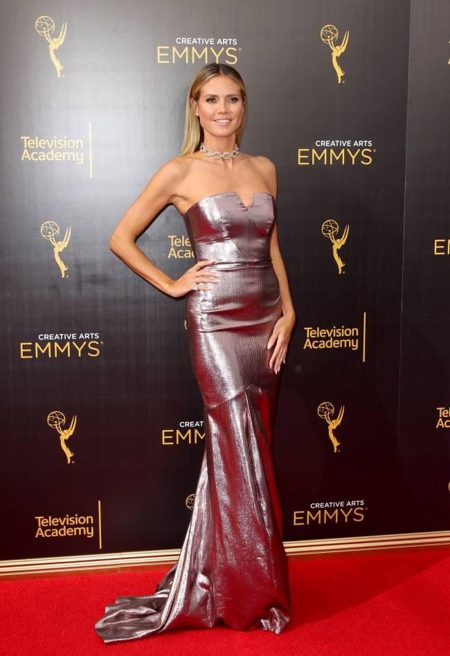 Хайди Клум блистает на красной дорожке в роскошном наряде Roland Mouret