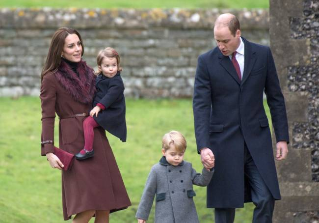 Волшебная семья: Кейт Миддлтон и принц Уильям покорили поклонников очередным появлением на публике с детьми