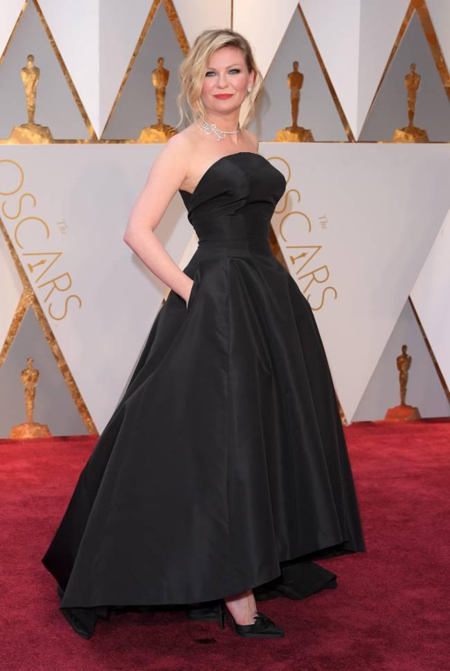 """Здесь правит роскошь: самые красивые платья церемонии """"Оскар-2017"""""""
