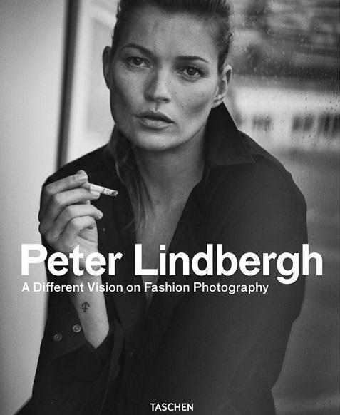 Кейт Мосс украсила обложку книги фотографа-легенды Питера Линдберга