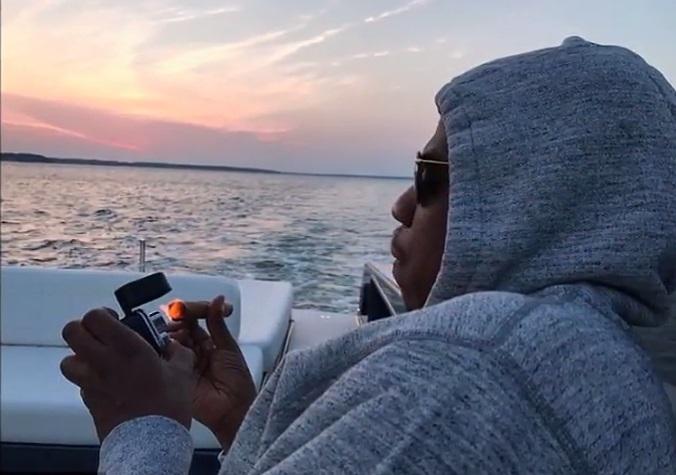 Безумно влюбленные: Бейонсе и Джей-Зи устроили романтическое свидание на яхте